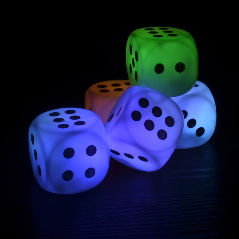 Luminous Dice Game Fun LED Novelty Lights Xmas Gift for game for party event Wholesale Free shipping 100pcs/Lot