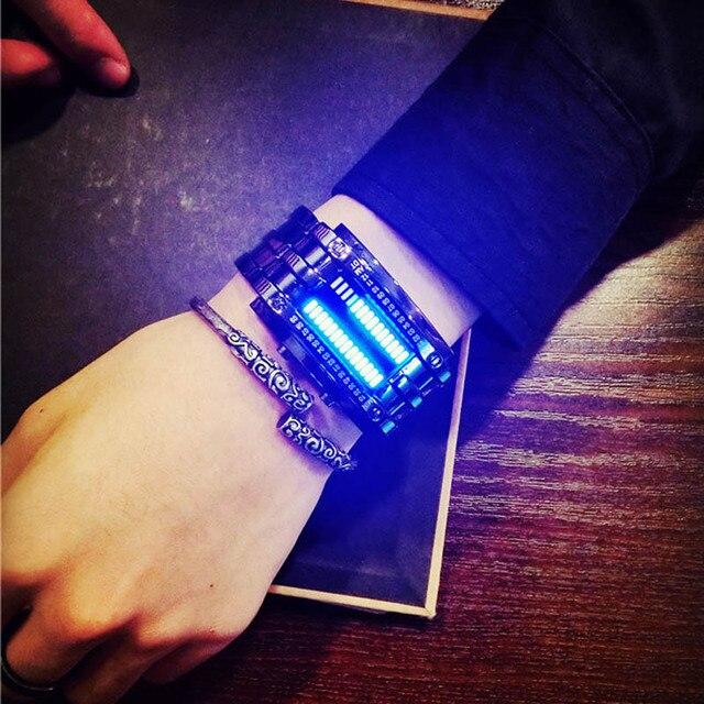 2017 Mode Creatieve Luxe Lovers 'Horloge Mannen Vrouwen Staal blue Binary Lichtgevende LED Elektronische Sport Horloges Smart Horloge