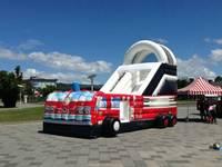 Chine gonflable diapositives fournisseur lutte contre l'incendie camion gonflable jouets
