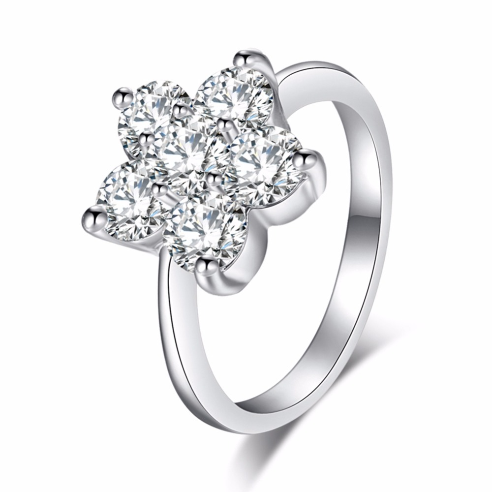 Shine Flower Rhinestone Rings For Women Of Silver Color Alloy Bague Filled Wedding Banquet Rings Commitment Love Valentines Day