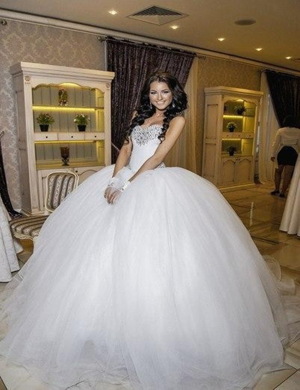 Ball Gown Beaded Crystal Wedding Dresses Sweetheart Ball Gown Bridal