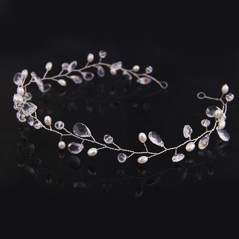 HTB1J02pLVXXXXXhXpXXq6xXFXXXW Lovely Handmade Pearl And Crystal Vine Bridal Prom Party Cosplay Hair Jewelry