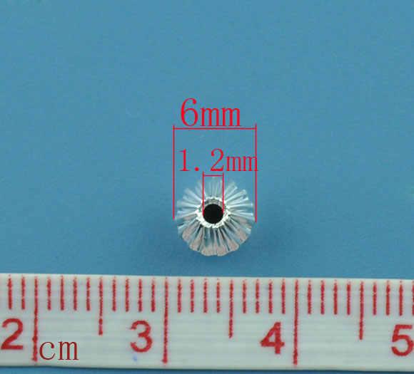 銅スペーサービーズランタン銀メッキストライプパターン色メッキ約6ミリメートル× 6ミリメートル、穴:約1.2ミリメートル、10ピース新