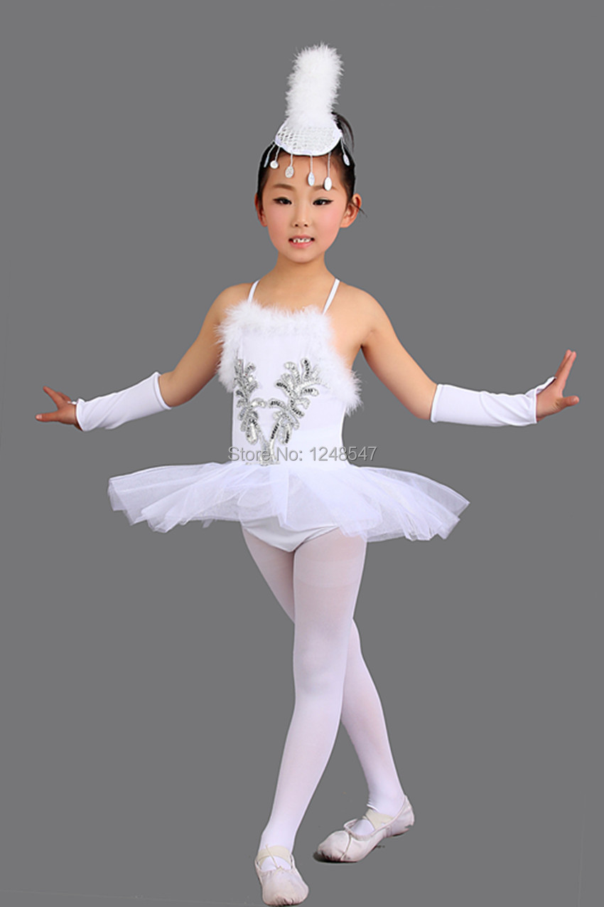 white swan single jewish girls Shown is the most beautiful vintage picture of a white swan swimming on top  today i'm offering this best free swan  so that you don't miss a single.
