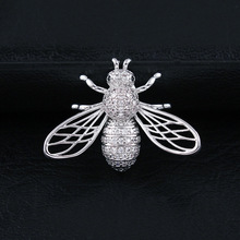 CINDY XIANG Cubic Zirconia Bee Brooches For Women And Men Unisex Fashion Copper Pin Insect Small Collar Brooch Luxury Accesories
