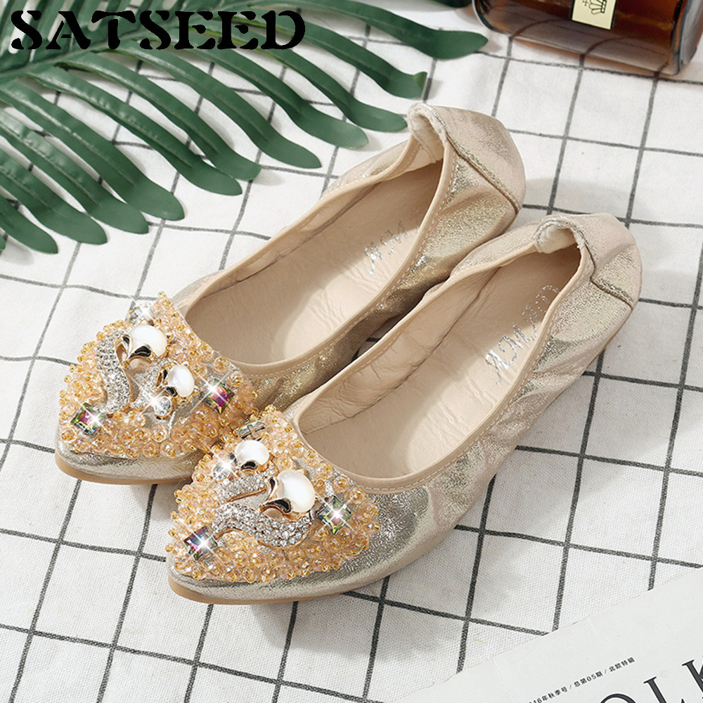 2017 New Style Spring Explosion Beans Shoes Flat With Women's Big Yards Soft Egg Rolls Driving Shoes Casual Pointed Toe Crystal