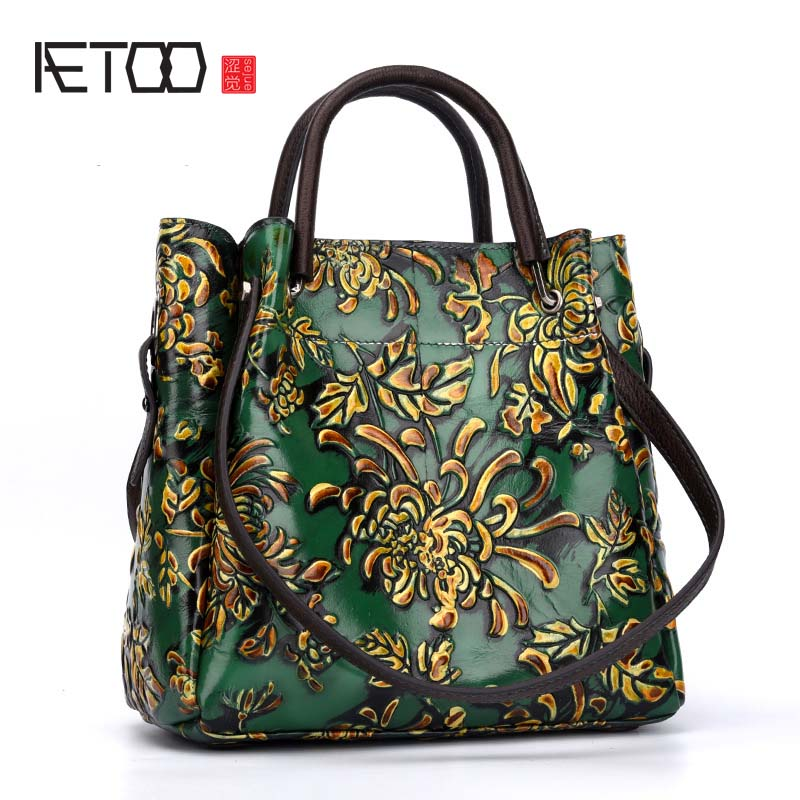 AETOO New autumn and winter retro shoulder Messenger bag large capacity printing first layer of leather tote bag famous brands first layer of leather woman bag autumn and winter fashion shoulder bag casual mobile messenger bag