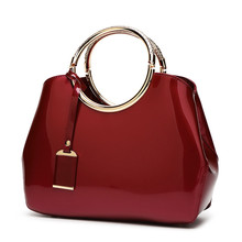 купить Fashion Patent Leather Bags for Women Handbags Ladies Crossbody Messenger Bag 2019 New Arrival Candy Bride Party evening Bag по цене 1562.5 рублей