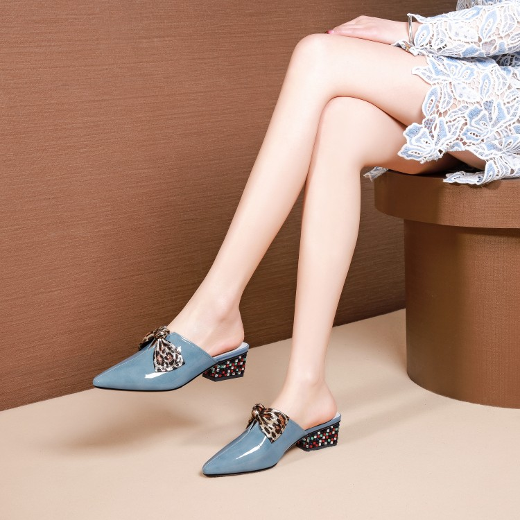 MLJUESE 2019 women slippers Cow leather summer pointed toe blue color crystal heel beaches sandals party