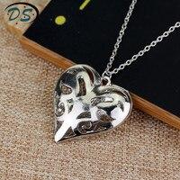 10 шт./упак. женские полые ожерелье из бисера Кулон Ретро ожерелье Дневники вампира ожерелье рисунок Кэролайн Forbes сердце ожерелье