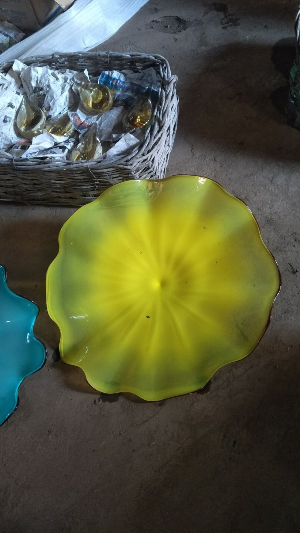 Hand Blown Murano Glass Plates Wall Art Bright Solid Color Chihuly ...
