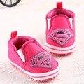 Novo Superman Baby Shoes 2017 Moda Dos Desenhos Animados Da Criança Infantes Shoes 11 cm 12 cm 13 cm Meninos Bebê Sapatos Primeiro caminhantes