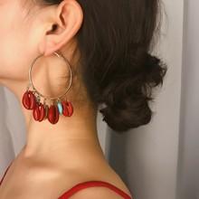 цена 2019 New Stylish Occident Brand Gold Blue Red Shell Dangle Earrings Geometric Statement Earring For Women Party Jewelry Gift в интернет-магазинах