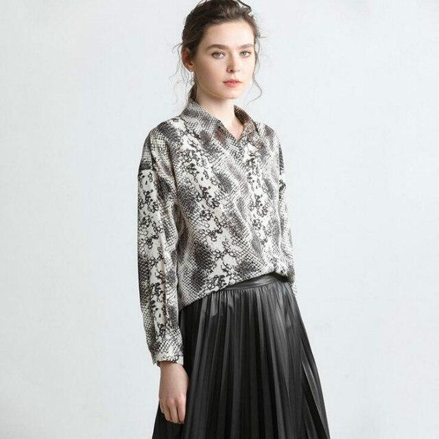 Camiseta femenina de manga larga de pitón de primavera 2019 estilo europeo y americano de Boutique para mujer