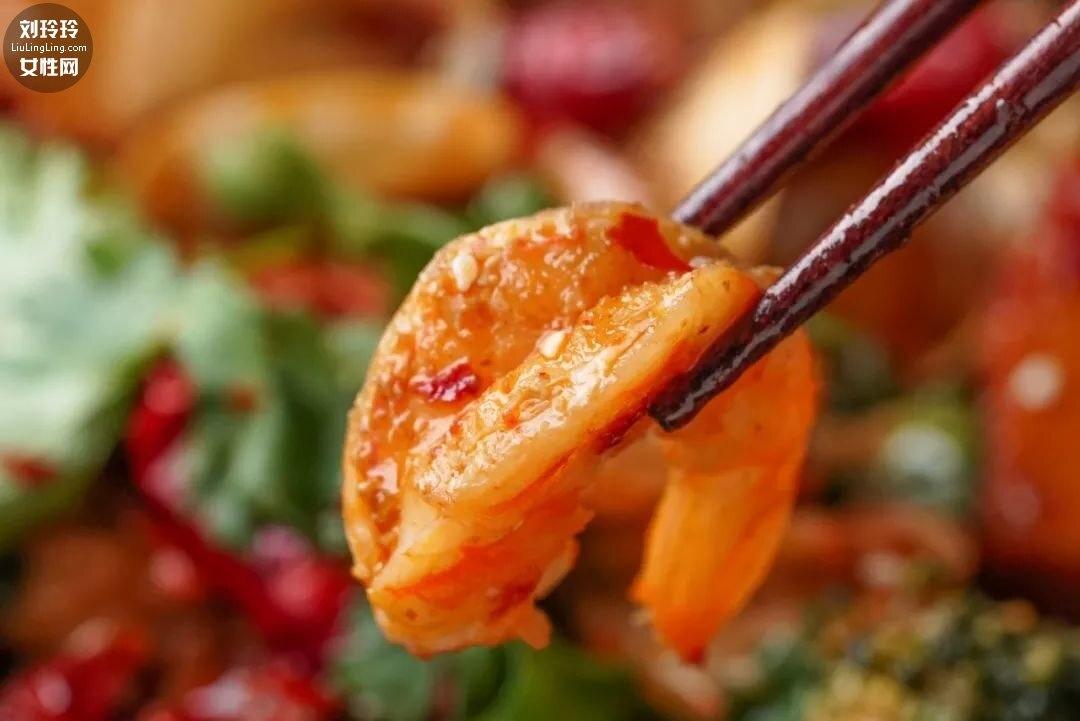 家庭麻辣海鲜香锅的做法 不难又好吃!12