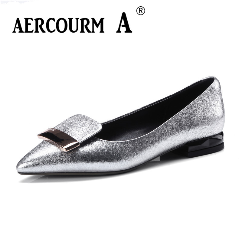 Aercourm A 2018 Women Pumps Shoes Girls Shiny Pointed Toe Patent Leather Shoes Square Heel Metal Button Low Heels Shoes DTN25 free shipping new chic metal pointed closed toe transparent shiny pointed ballet flat shoes women s shoes sjl167