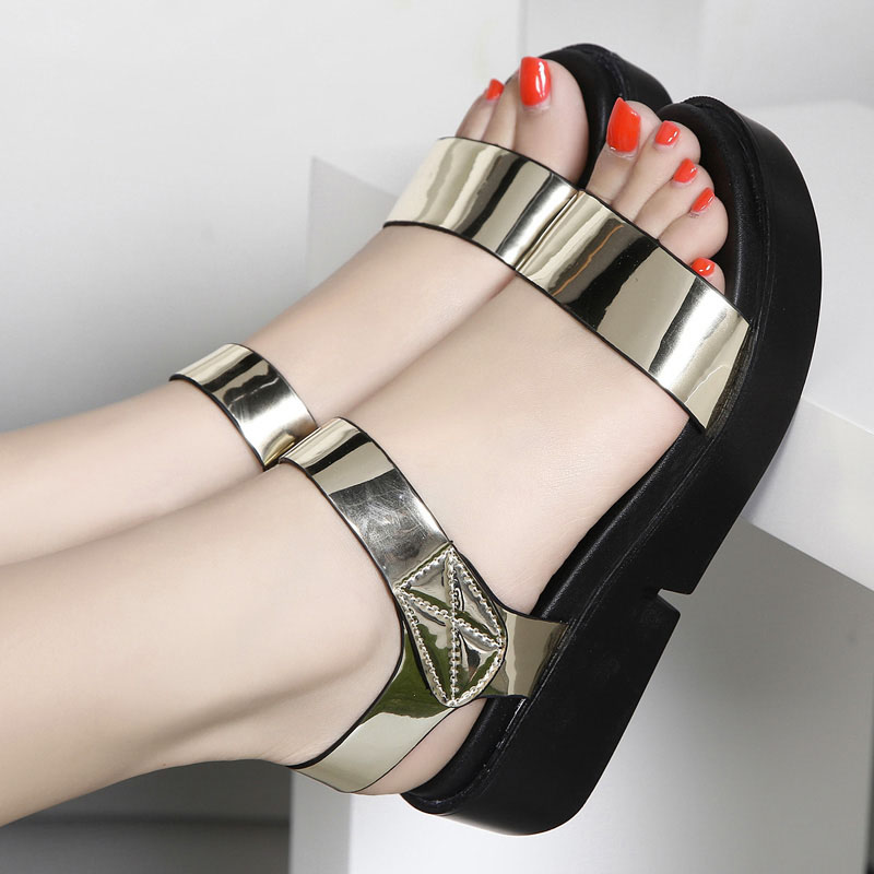 ФОТО 2017 new style Summer Sandals Women Thick soled Comfortable heighten Gold and Silver colors