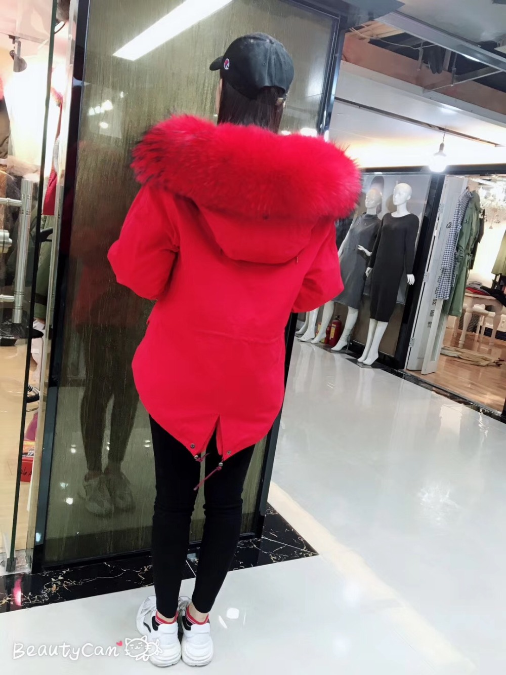 Noël Capot Fourrure Outwear Jzayv De Design Manteau Raton 2018 Grand Laveur Brigth Rouge Avec Mode Col Femmes Parkas qqZP6x