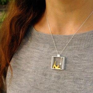 Image 4 - Lotus fun real 925 prata esterlina natal jóias finas 18k ouro moda gato jogando bolas pingente sem colar para mulher