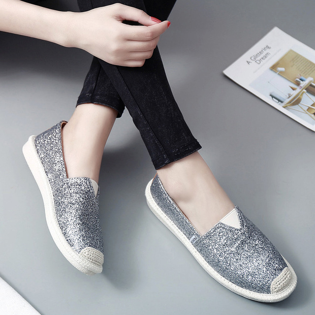 Fisherman Shoes Bling bling Round Toe Joker Loafers Lady Espadrilles Women  Breathable Mocasines mujer Slip On Shoes 2018 Spring a225c87102ff