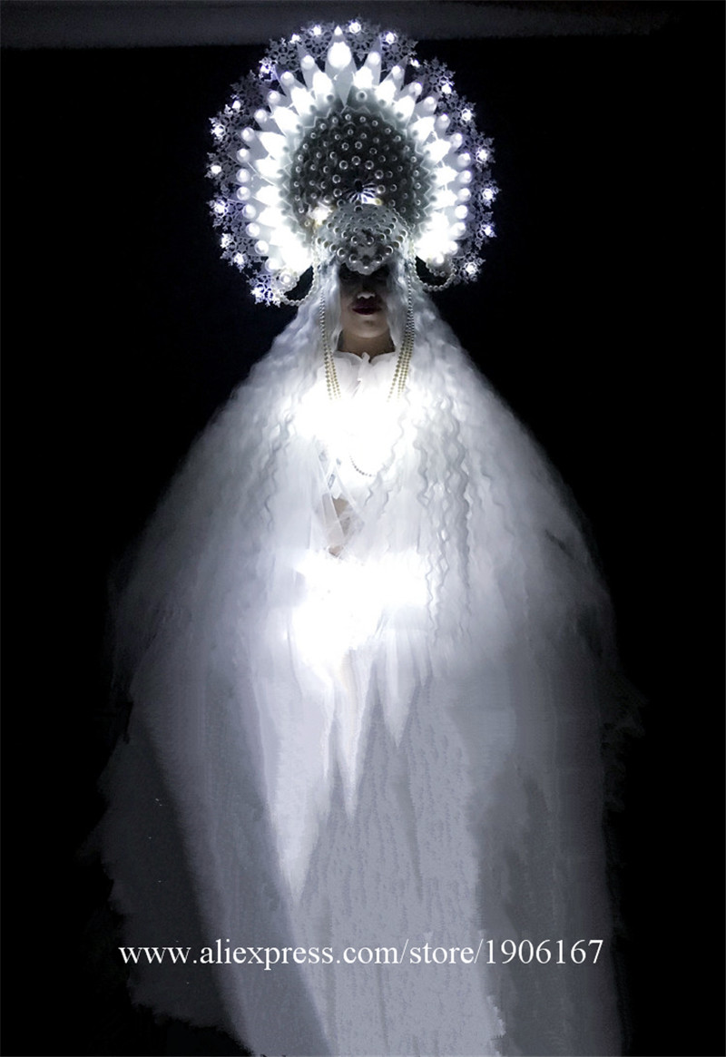 White ladies DS Ice Queen Christmas party costumes4