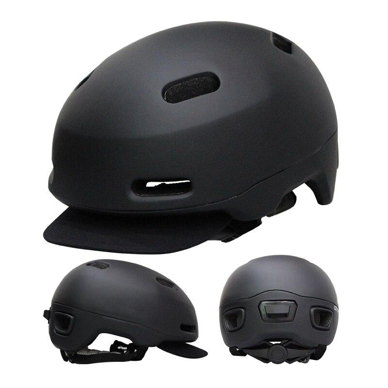 Atmungsaktive Fahrrad Helm Radfahren Ausrüstung Männer Frauen Bike Helm Zurück Licht Mountain Road Ultraleicht Für Außen MTB Bike