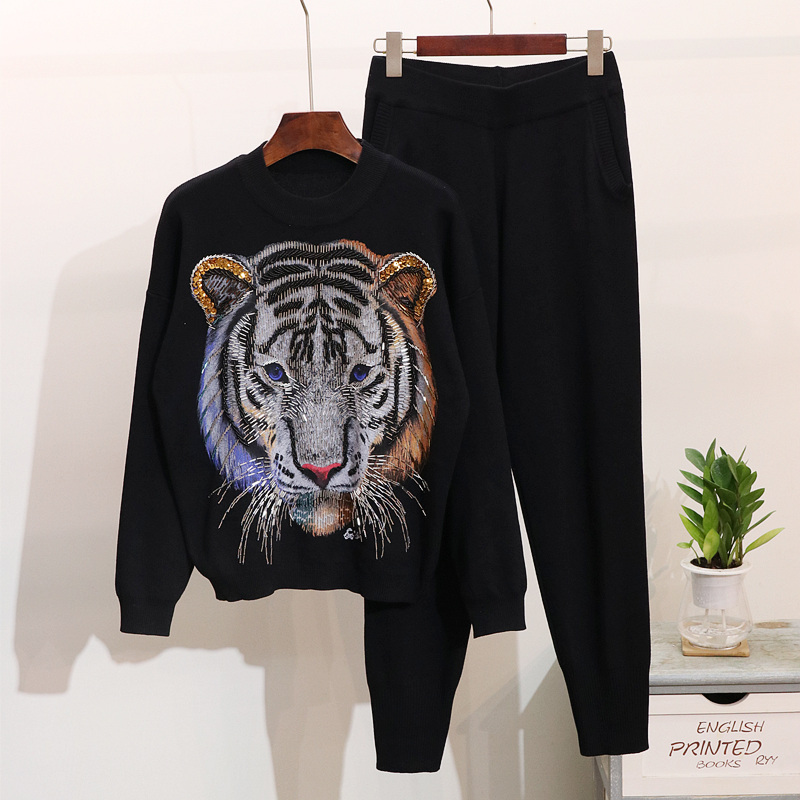 Autumn Women Set Knitted Sweater Pants Two Piece Set Casual Tiger Beading Sequins Tracksuits Women Pullover