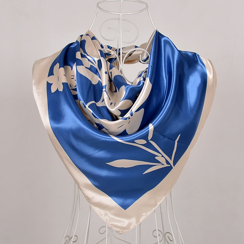 2018 Fashion Women Square Silk Scarf Shawl Printed Spring Autumn National Brand Beige Scarves Hot Sale Satin Silk Scarf Wraps