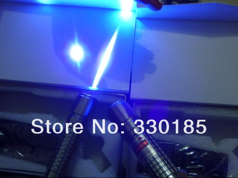 Haute Puissance 405nm 10000 M 1 W Chasse violet bleu laser pointeurs lazer lampe de Poche Allumette brûler cigarettes + cadeau boîte Enseignement