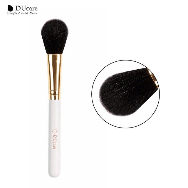 DUcare cepillo blush 1 piezas nueva llegada polvo cepillo profesional de cepillos de alta calidad mango blanco superior de pelo de cabra cepillos