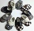 2016 novas cores misturadas PU couro mocassim franja sapatos Primeiro Walkers Criança do bebê das meninas dos meninos do bebê para bebês recém-nascidos