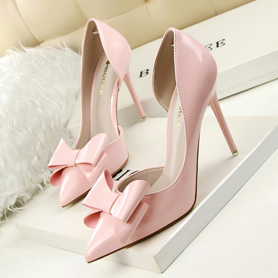 New Autumn Women Sweet High Heels Thin High-heeled Pointed Bow Patent Leather Ladies Shoes Sexy Side Empty  Female Heels G638-3 2016 summer new leather tendon at the bottom side of the empty fish head crude rainbow low heeled shoes women xtf039