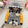 Abrigo niños 2016 Muchachos Del Invierno Engrosada Cálido cachemira chaqueta del bebé ropa de Algodón acolchado de Tela Escocesa de la Moda