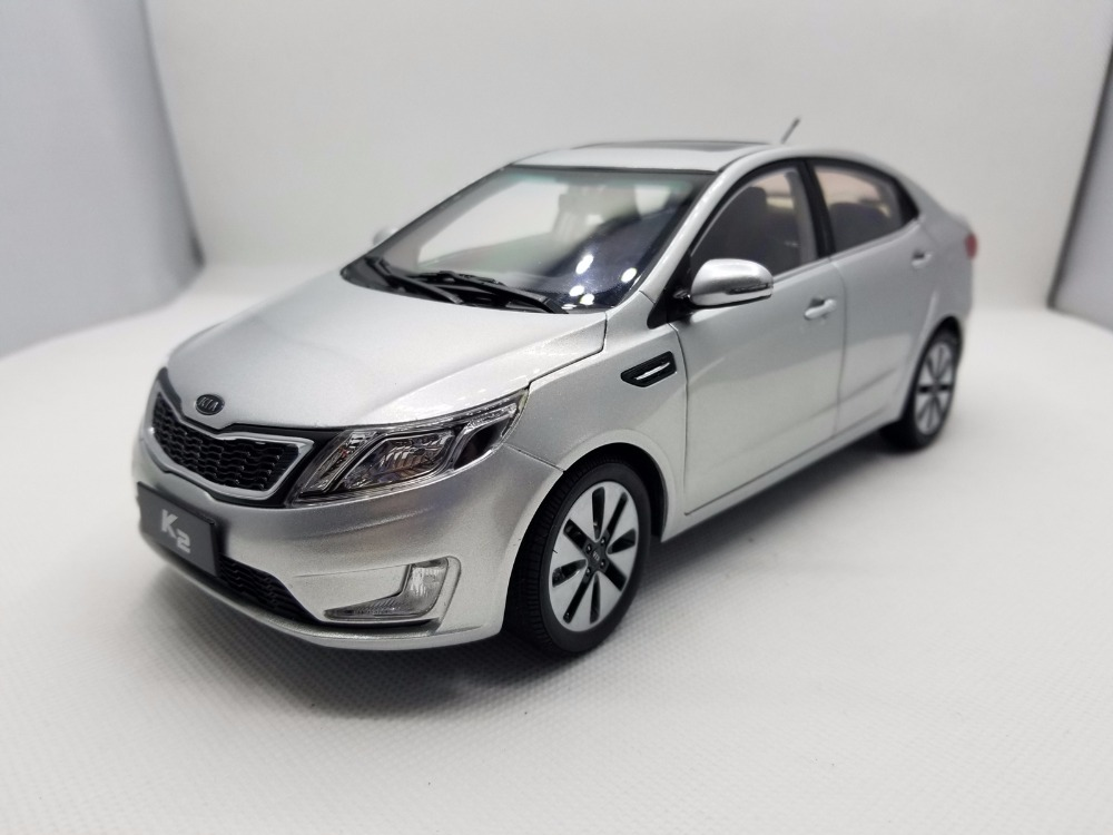 1:18 Diecast Model for Kia K2 Rio 2011 Silver Alloy Toy Car Miniature Collection Gifts