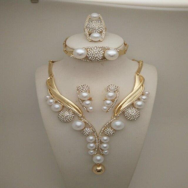 fd6018fed28d Sistemas de la joyería de perlas Collar colgante aretes pulseras anillos  cristal plateado del oro de