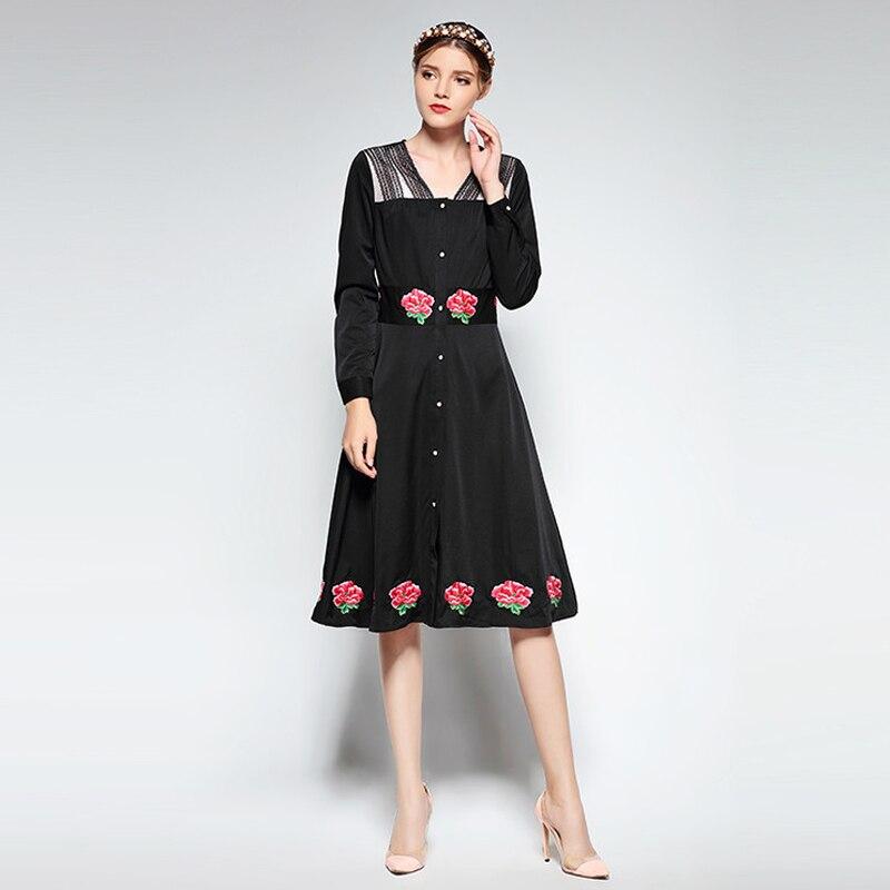 Broderie florale pleine longueur genou coupe-vent mince et mince 2018 nouvelles robes de mode au printemps et en été première rangée de boutons