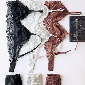 Image 2 - 레이스 bralette 와이어 무료 섹시한 숙녀 란제리 투명 ultrathin 얇은 컵 브래지어와 팬티 세트 편안한 원활한 속옷