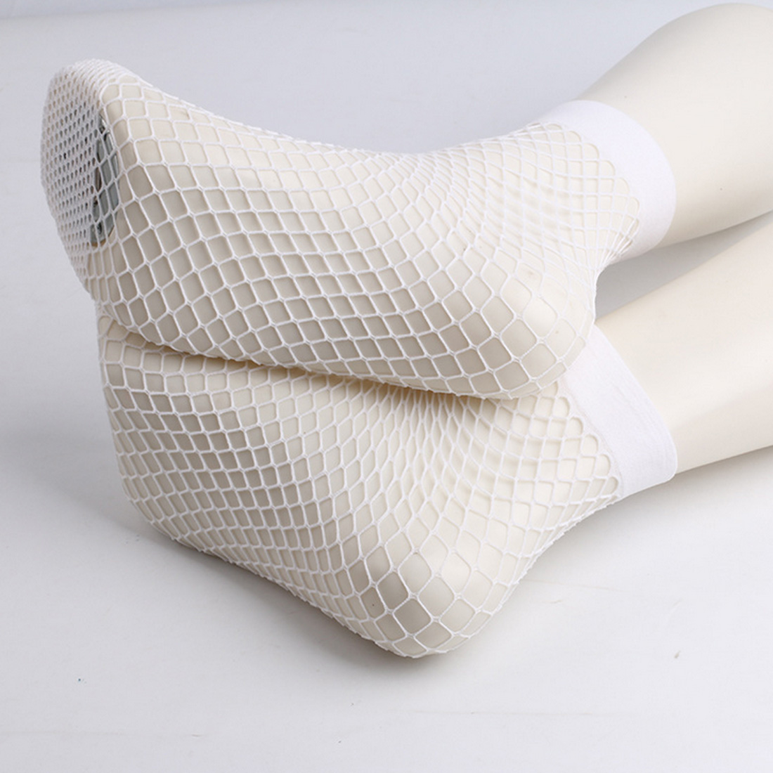 1 Pairs Sexy Mesh Socks Women Black Fishnet Ankle Socks Lace Short Nets Ladies Girls Breathable Stretchy Soft Female in Socks from Underwear Sleepwears