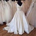 Vintage Elegante Tribunal Tren Raso Vestidos de Novia 2017 Una Línea de cuello V Beads Plisado Acanalada vestidos de Boda Nupciales HS298