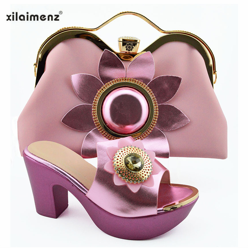 2019 New Design Pink Color Nigerian Shoes with Matching Bags Set Peep Toe Slipper with Flower