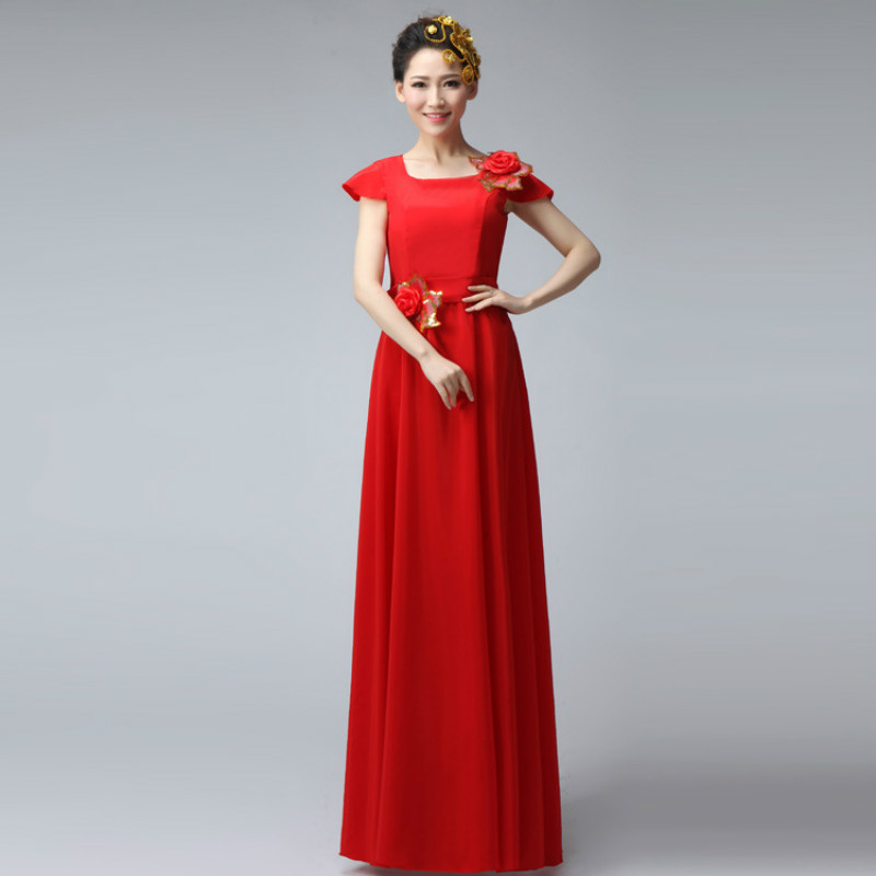 The new shoulder bag shoulder dress performance female host was thin long section of the choral clothes