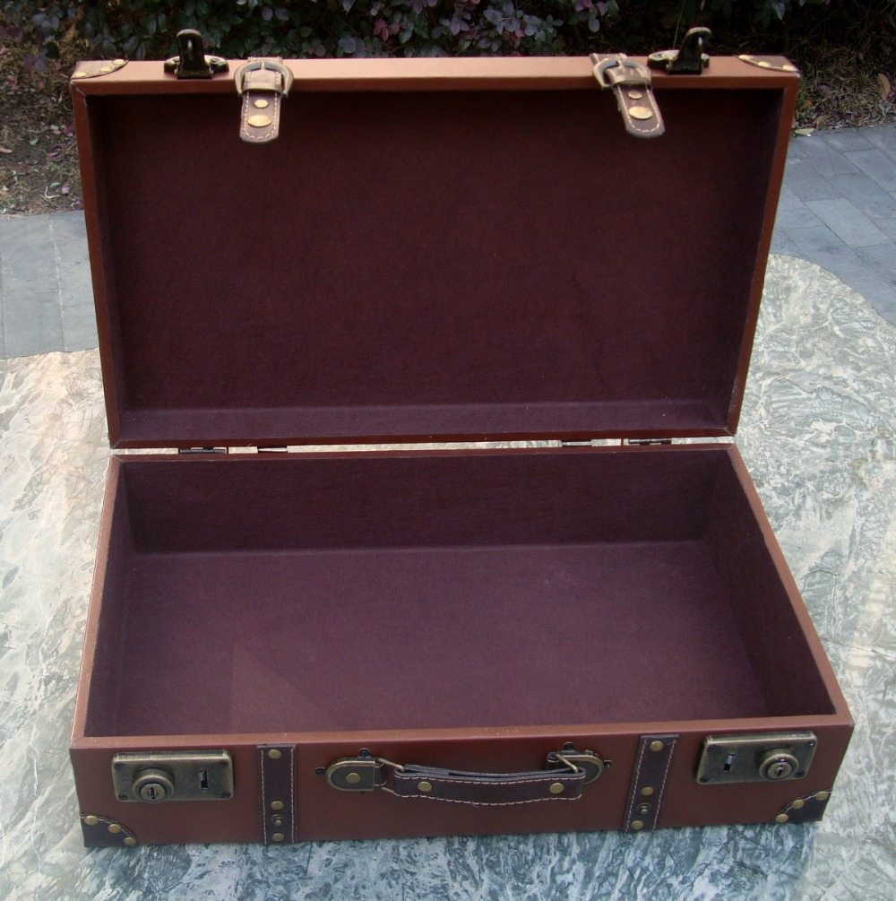 En Décoration Small white red Bois Style brown Film Big Small red Maison white Small Mallette Big Cuir Valise Brown Accessoires Coffre De Magique Big Vintage La Hommes Cosplay Tq7wxSET