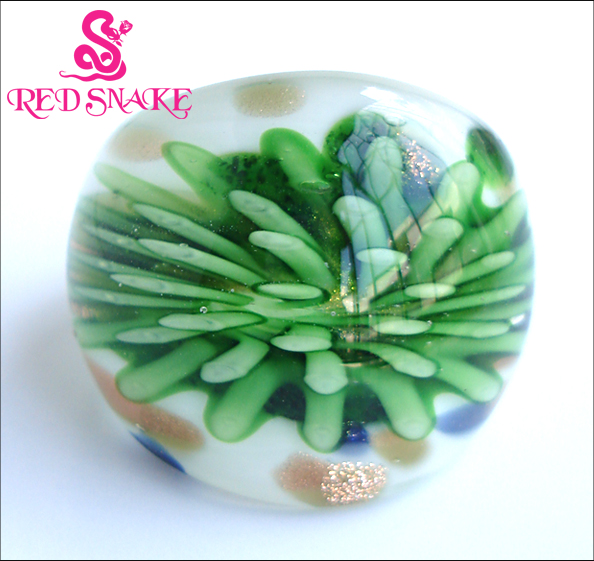 RED SNAKE Doprava zdarma Módní prsten Ručně vyrobený korálový zelený květ Murano Glass Rings