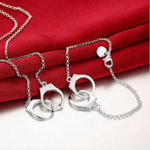 New silver-plated Jewelry romantic  handcuffs pendant necklace  fashion Valentines Day  REDABKS001