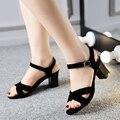 Cuero genuino más el tamaño 34-44 mujeres de sandalias de tacón alto negro moda para mujer de verano genuino del dedo del pie abierto cómodos zapatos para mujeres