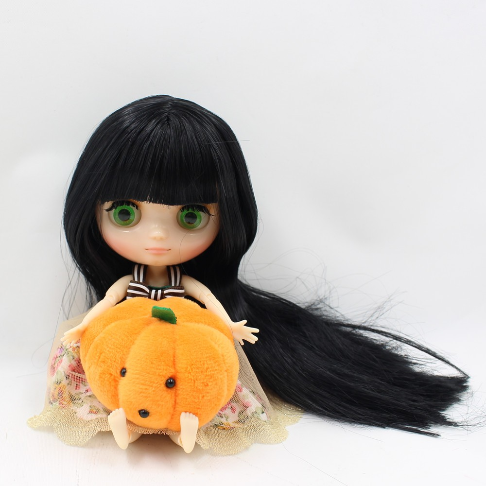 Middie Blythe Doll Jointed Body Black Hair 20cm 5