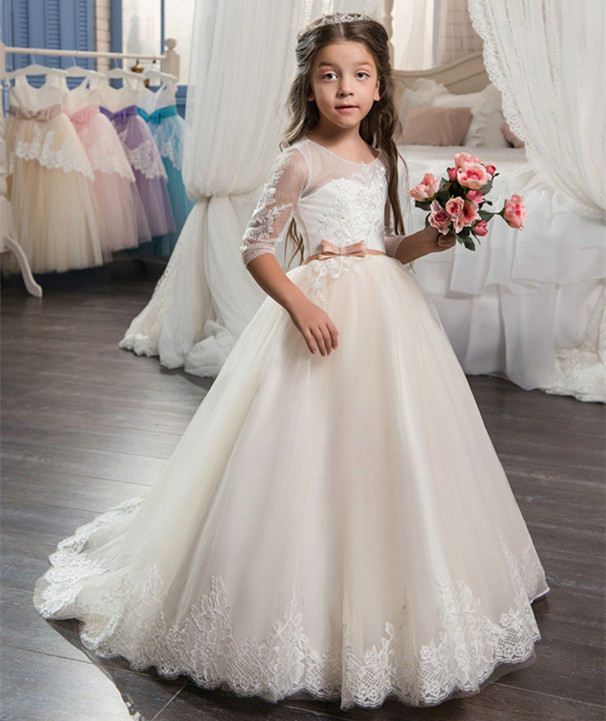 Flower Girl Dresses Three Quarter Sleeves Lace Up Bow Sashes Lace Appliques Communion Dresses Vestido Daminha New ArrivalFlower Girl Dresses Three Quarter Sleeves Lace Up Bow Sashes Lace Appliques Communion Dresses Vestido Daminha New Arrival