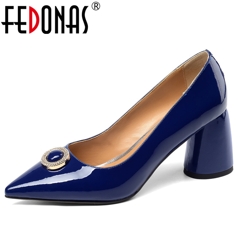 FEDONAS Fashion Women Pumps New Arrival Metal Decoration Genuine Leather Pointed Toe Wedding Shoes Woman Spring Summer Heels-in Women's Pumps from Shoes    1