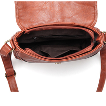 Crossbody Bag Hollow Out Ladies Satchel Bag Brown Retro Handbag