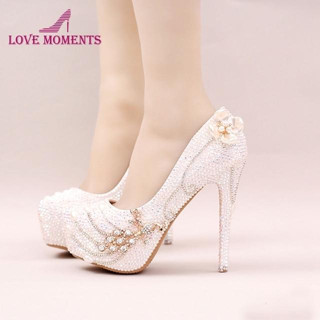 2018 Berkilau Berlian Imitasi Sepatu Stiletto Tumit Pesta Pernikahan  Kristal Putih Sepatu Pengantin Bling Bling Prom a1e68dab808a